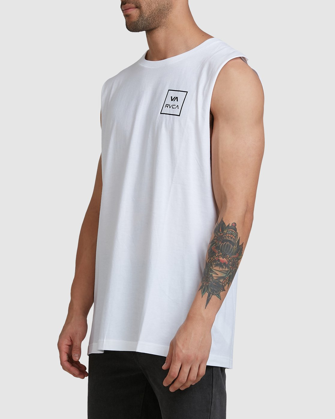 1 Va All The Way Muscle Top White R151012 RVCA