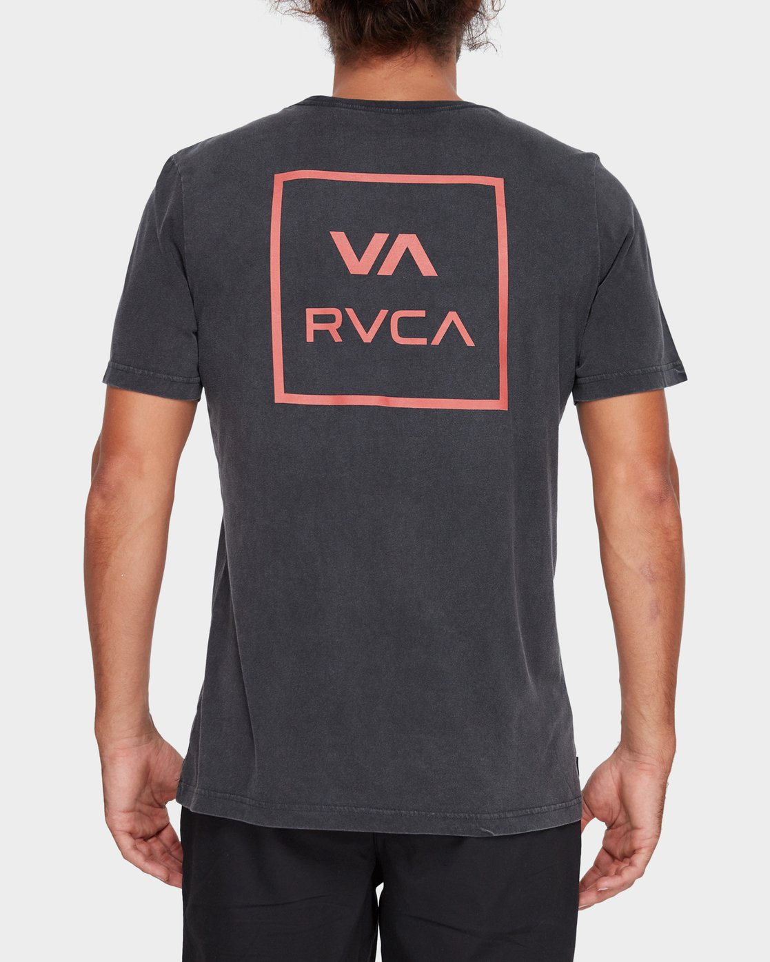 2 VA All The Ways Tee Black R172062 RVCA