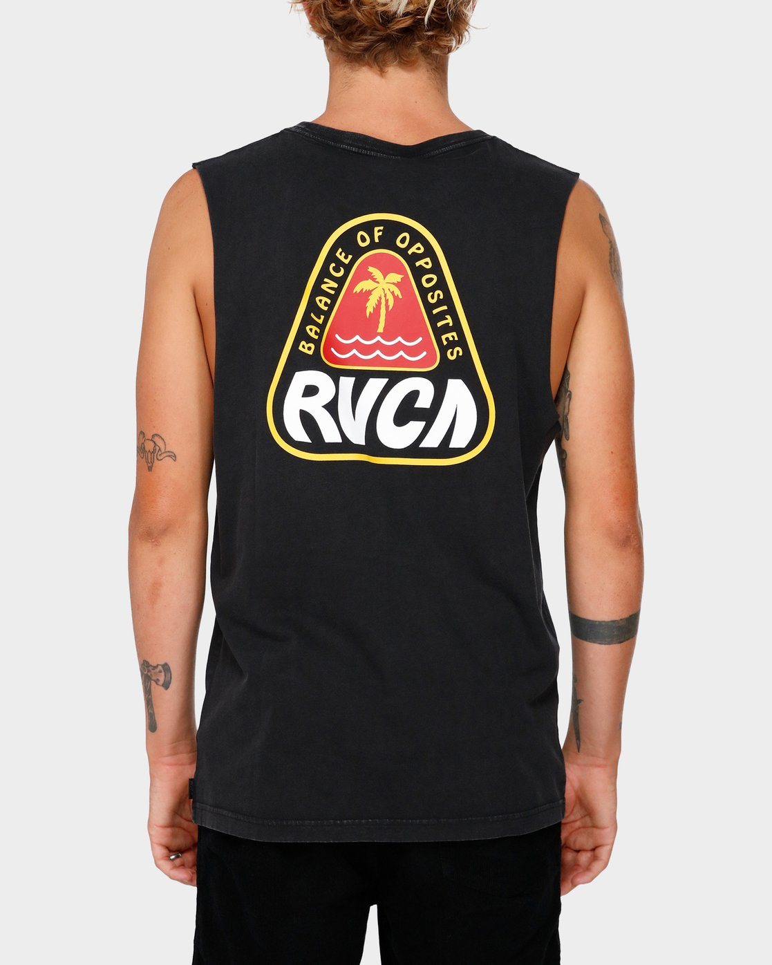 3 Paradiso Muscle  R182016 RVCA