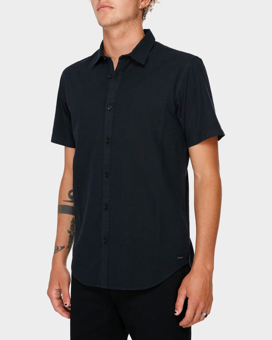 0 Crushed Short Sleeve Shirt Black R182191 RVCA