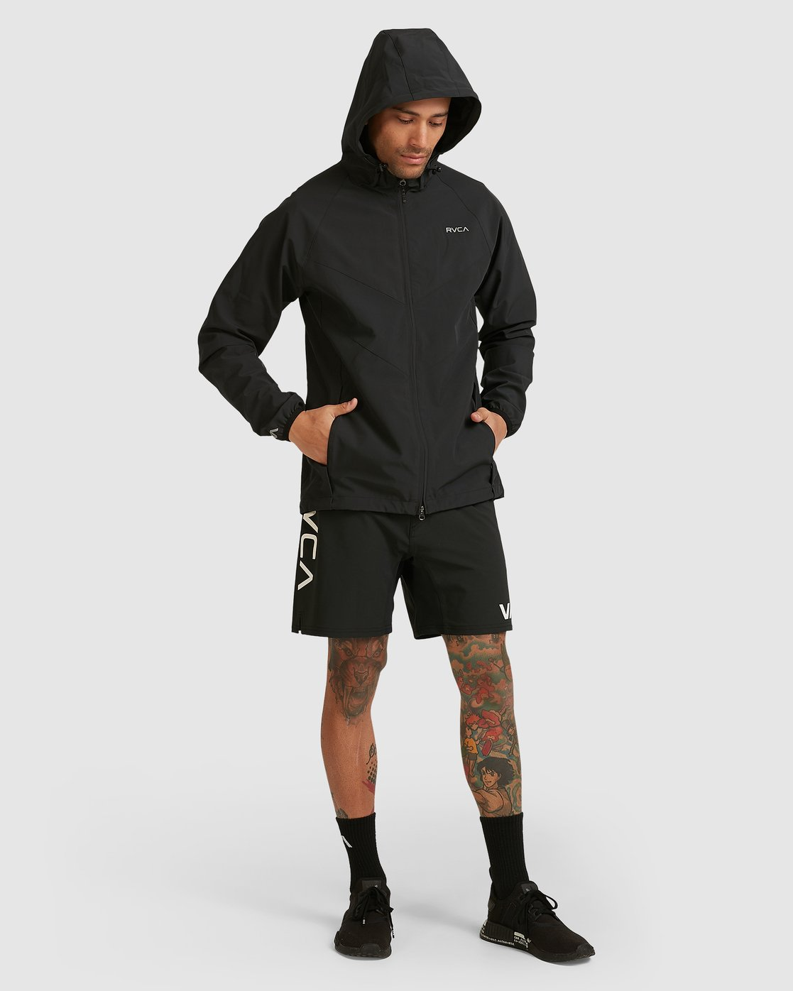 10 VA WINDBREAKER Black R183438 RVCA