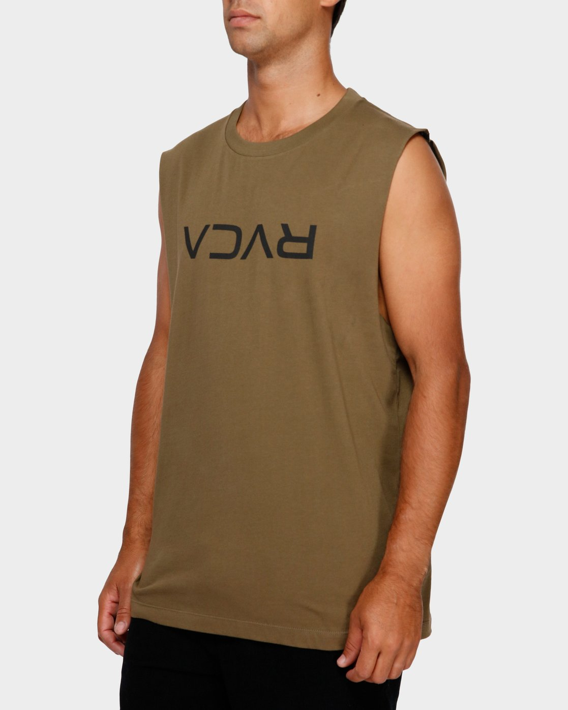 2 RVCA Flipped Muscle Tee Green R191010 RVCA