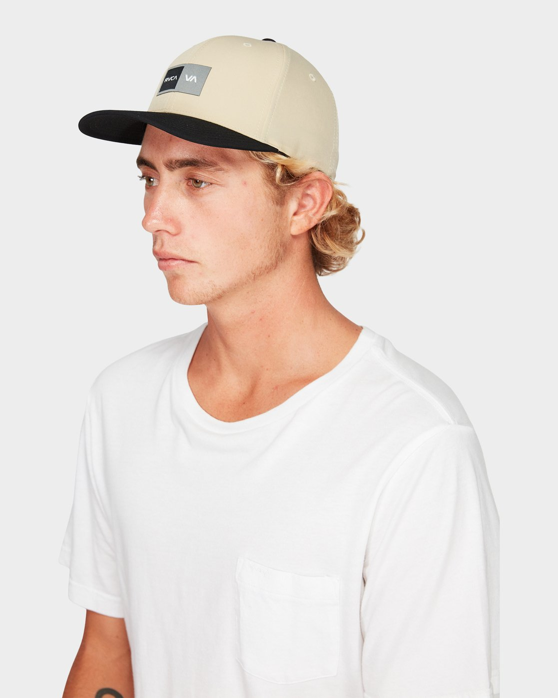 3 Warner Box Flexfit Cap  R191569 RVCA