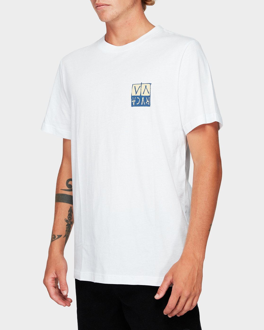1 RVCA Unplugged Short Sleeve T-Shirt White R192041 RVCA