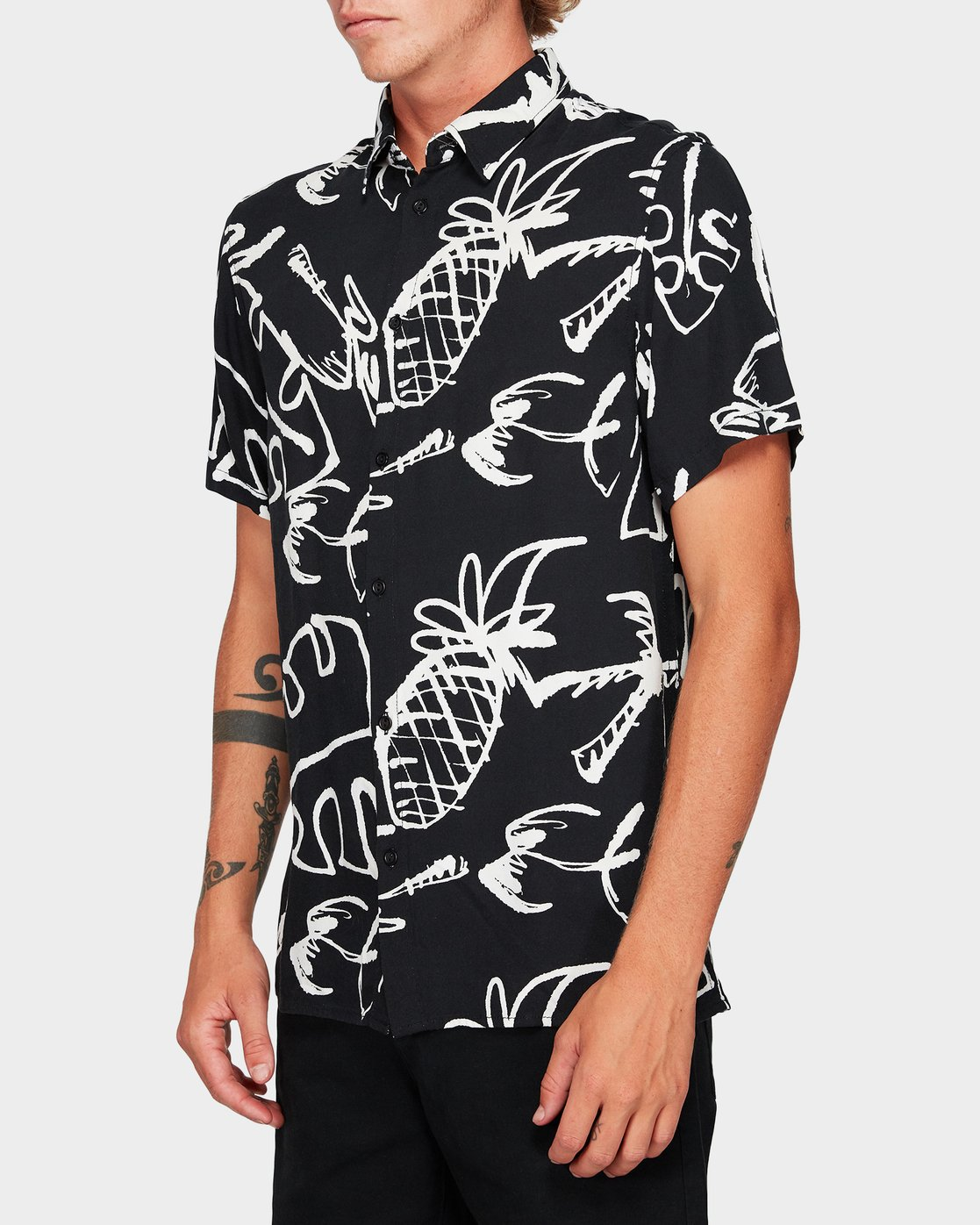 2 Scribble Palm Short Sleeve Shirt  R192184 RVCA