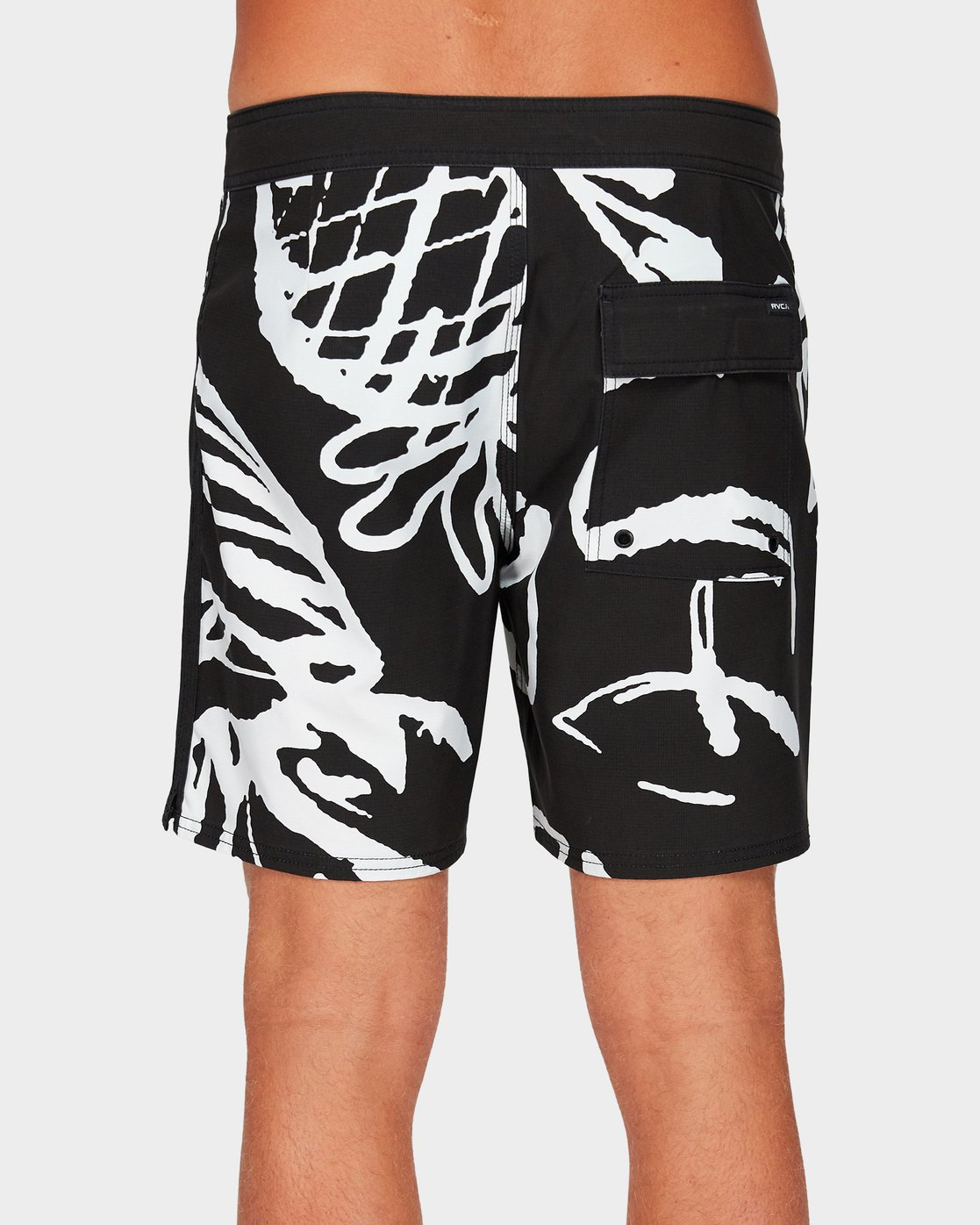 2 Scribble Trunk Black R192403 RVCA