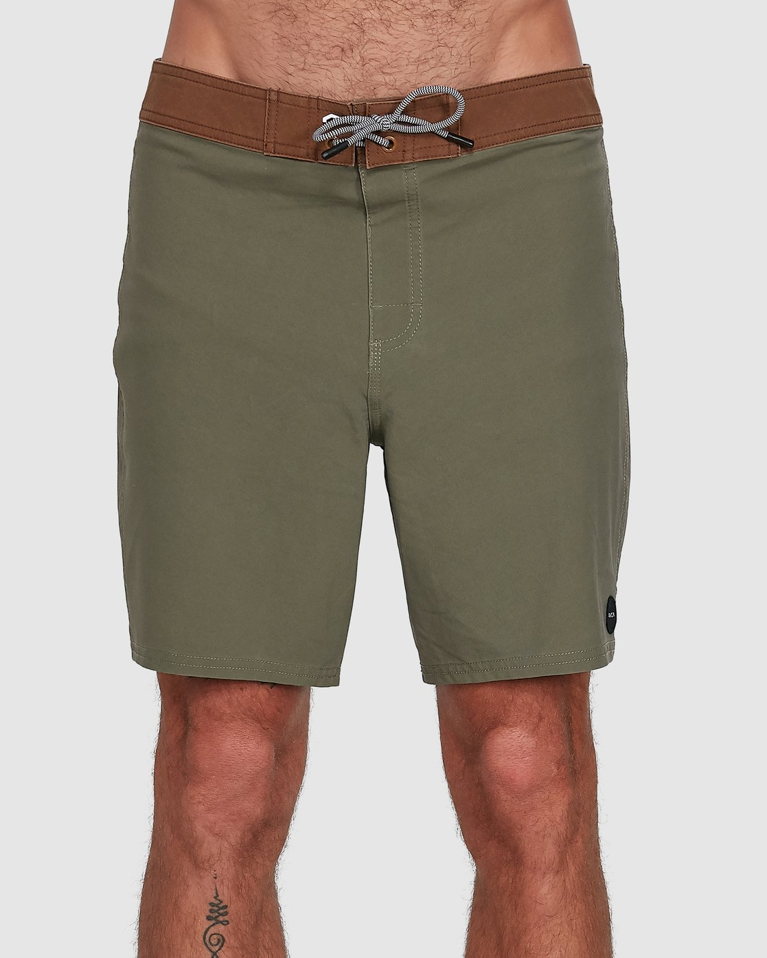 0 Va Trunk 17 Inch Short Green R192407 RVCA