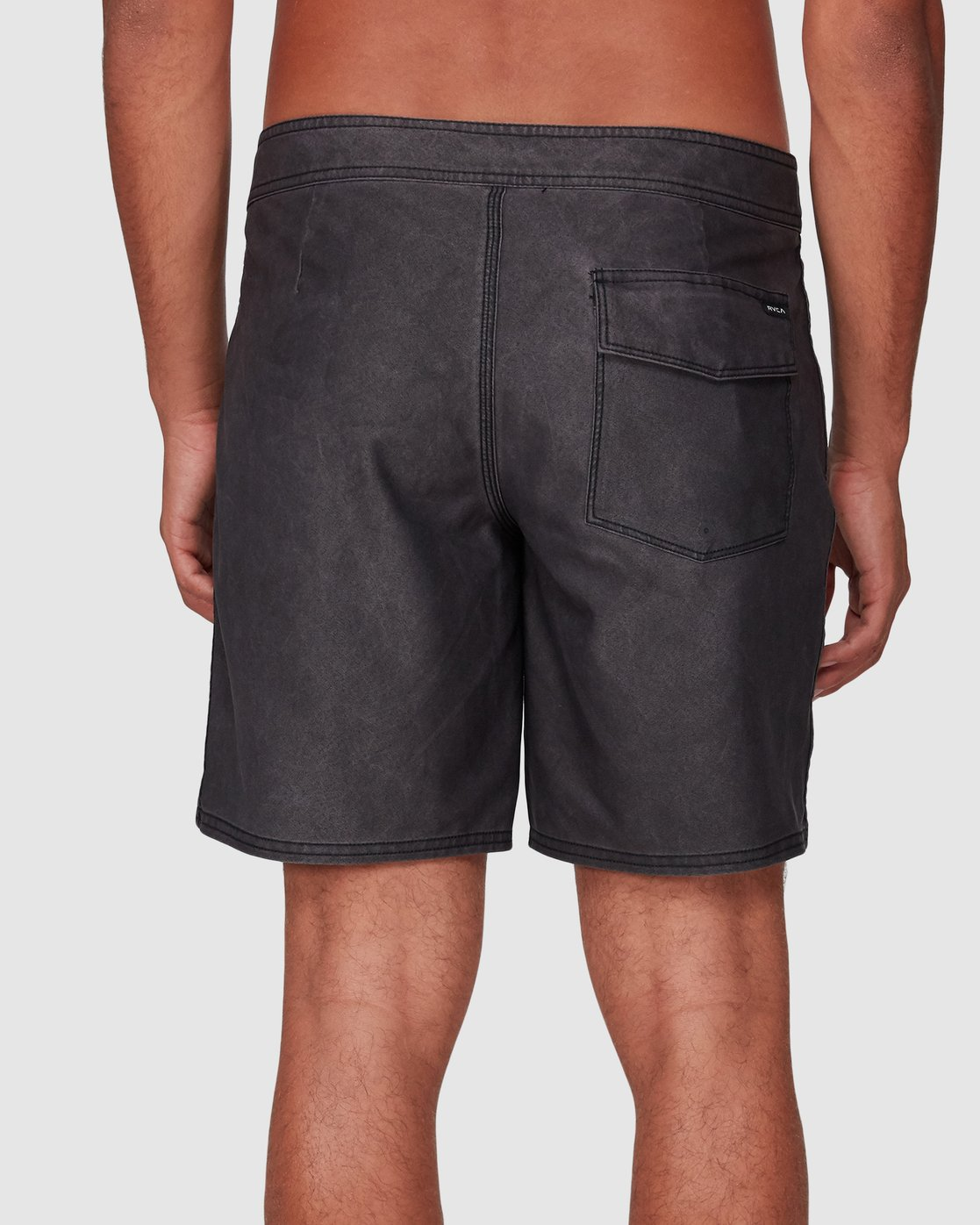 5 VA Trunk 17 Inch BoardShort Black R192407 RVCA