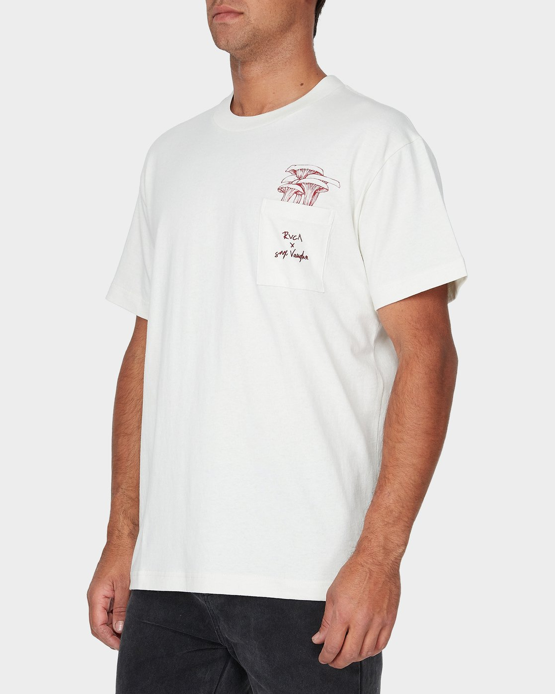 1 Vaughn Shroom Short Sleeve T-Shirt  R193046 RVCA
