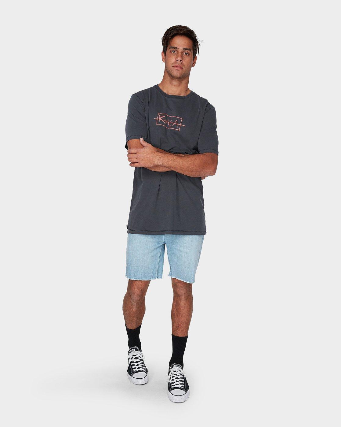 3 RVCA Samurai Short Sleeve T-Shirt  R193054 RVCA