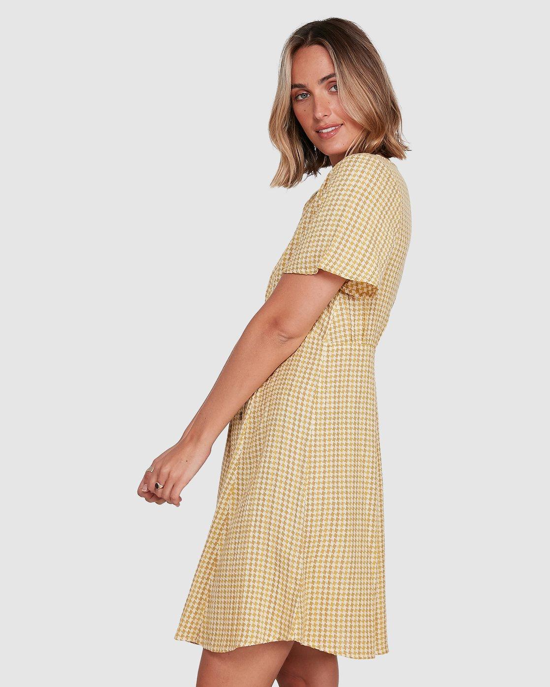 2 Hop Skip Dress Yellow R206753 RVCA