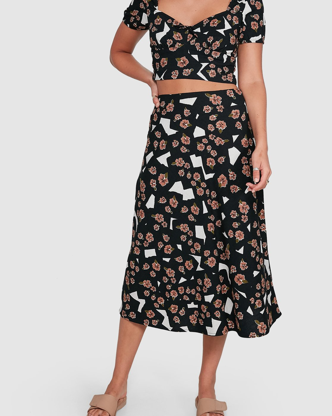 4 Floral Pop Midi Skirt Black R206834 RVCA