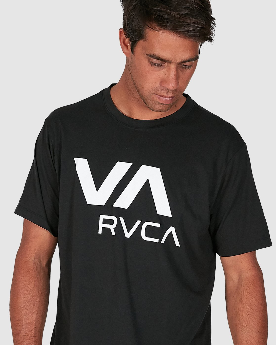 4 Va Rvca Short Sleeve Tee Black R305050 RVCA