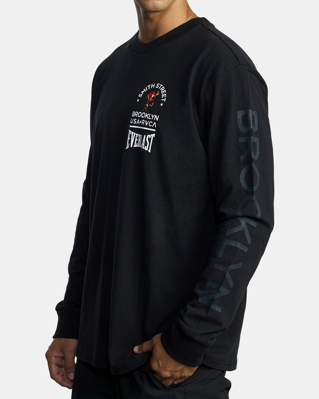 1 EVERLAST X SMITH STREET BIG ANGEL LONG SLEEVE TEE Black R305101 RVCA