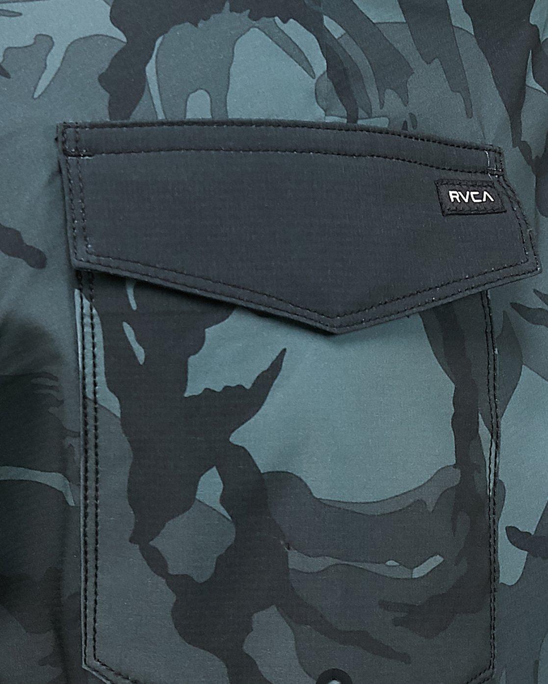 10 Va Trunk Black R306406 RVCA
