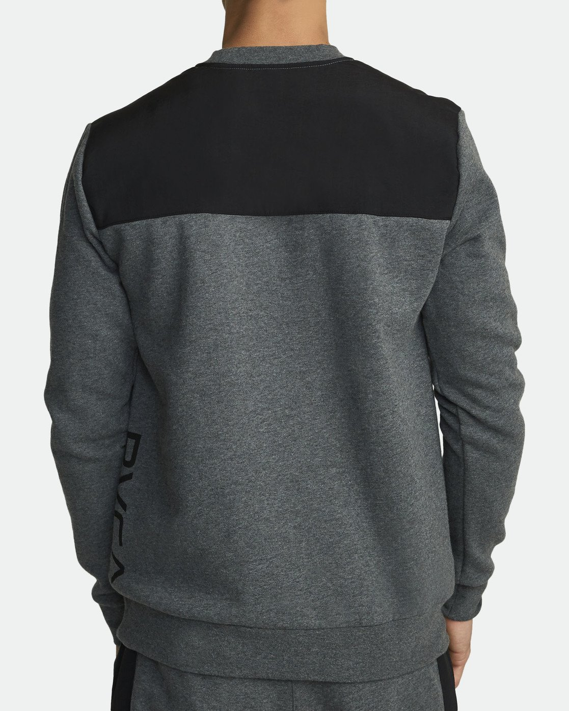 3 Hybrid Crew Fleece Grey R307153 RVCA