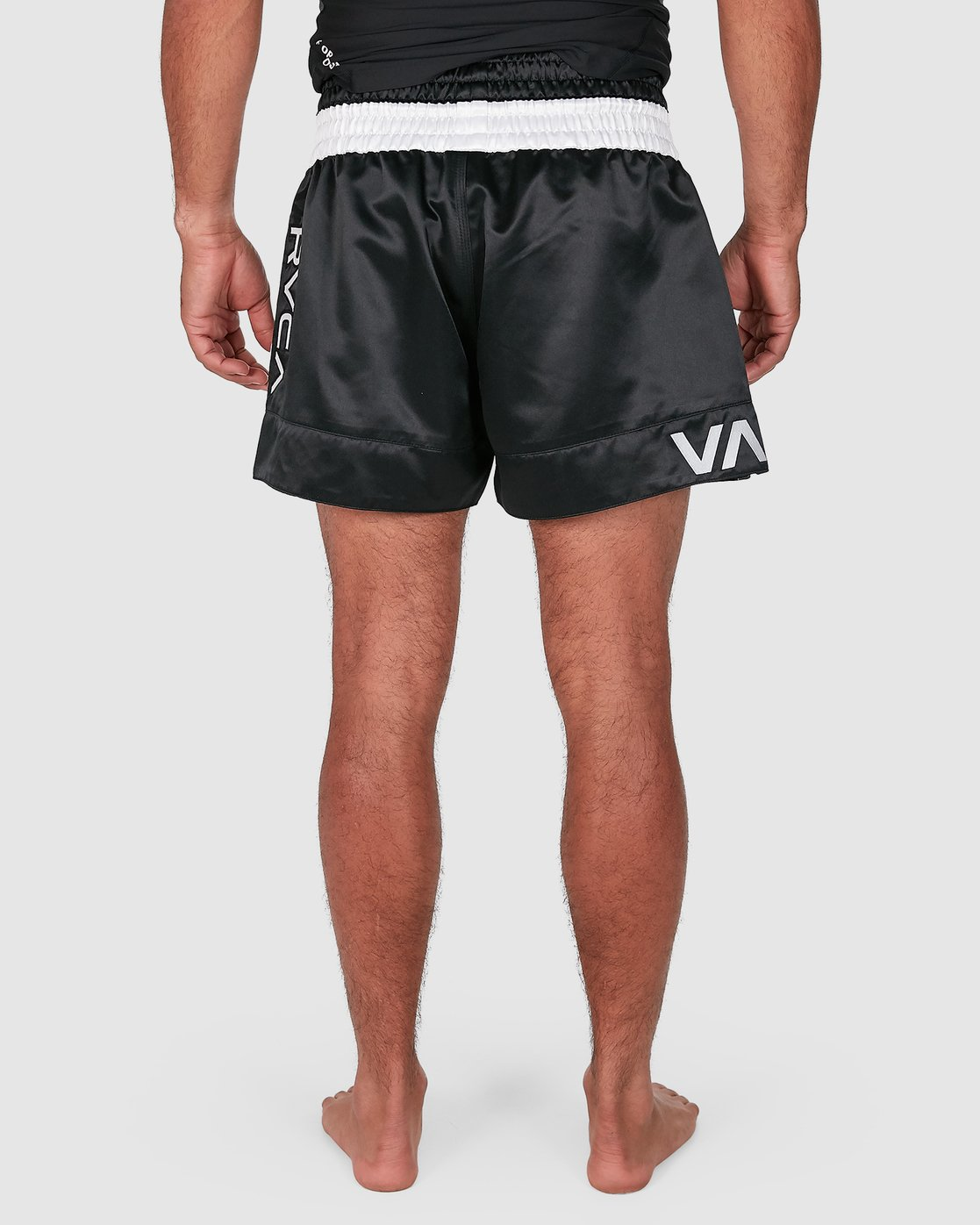 8 RVCA MUAY THAI SHORTS Black R307312 RVCA