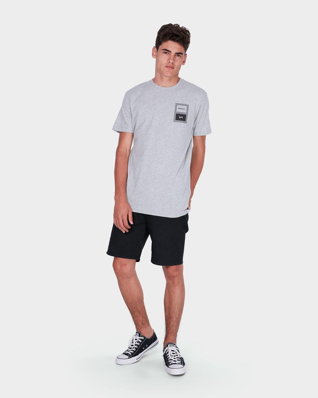 3 Box Label T-Shirt  R371008 RVCA