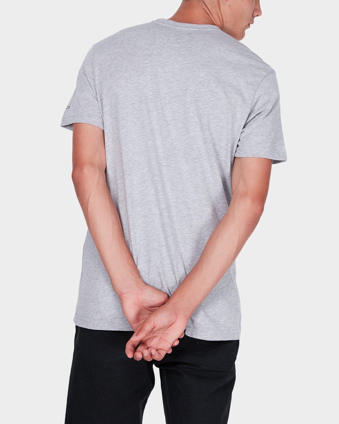 2 Box Label T-Shirt  R371008 RVCA