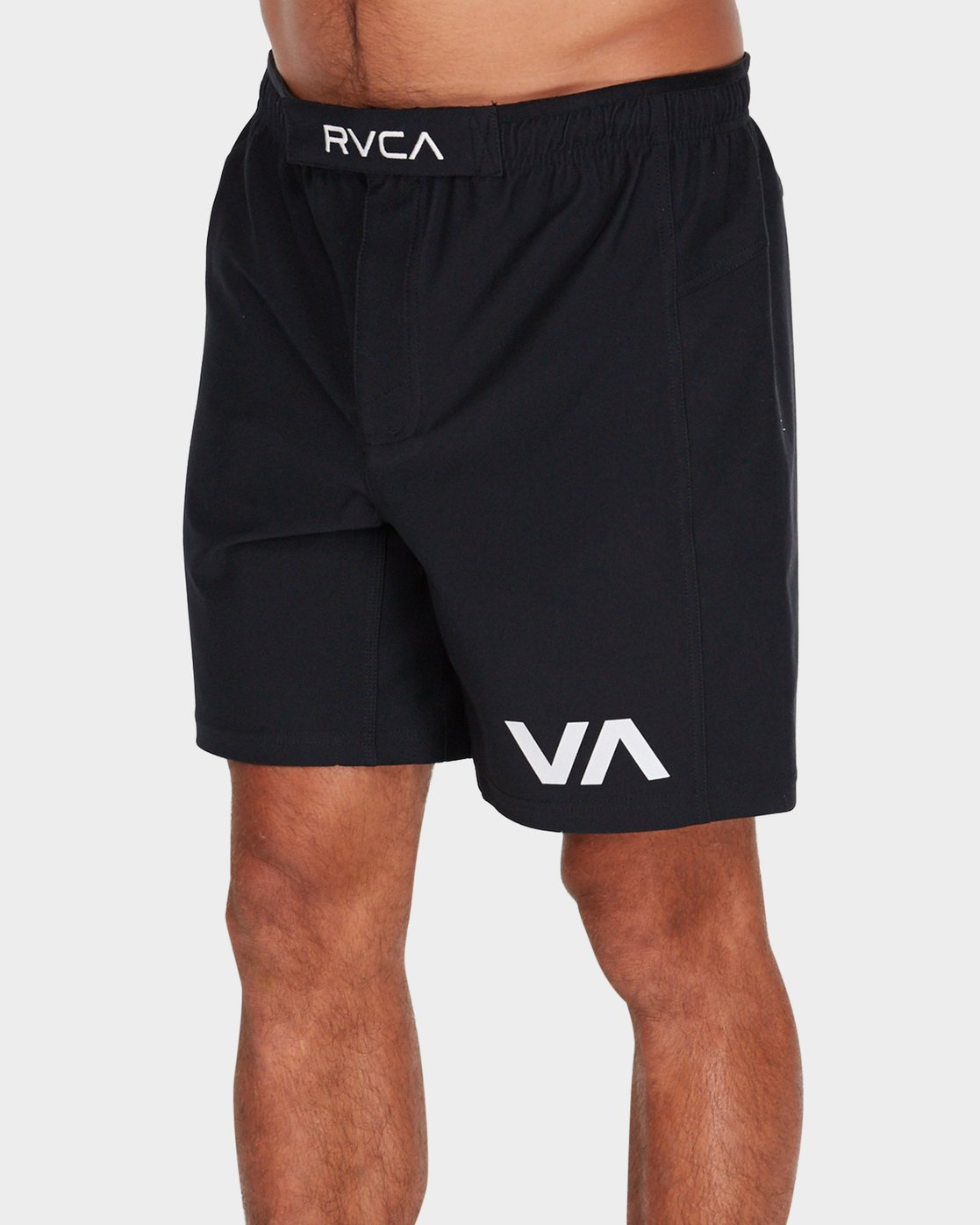0 Grappler 17 inch Shorts Black R381320 RVCA
