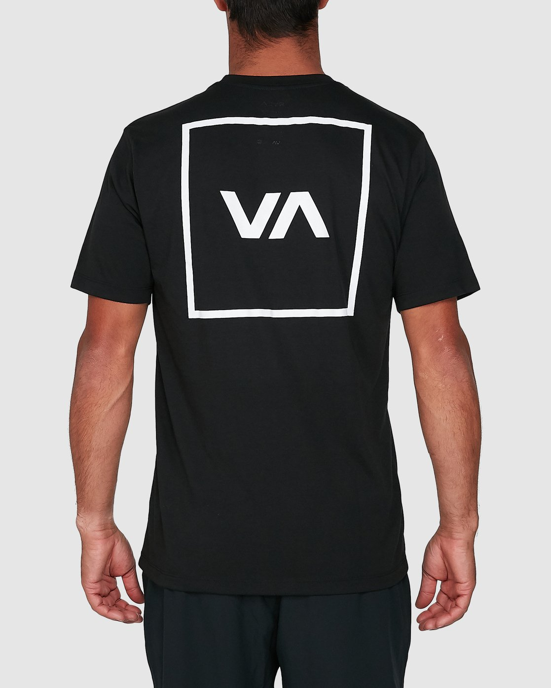 4 RVCA Box Short Sleeve Tee Black R391046 RVCA