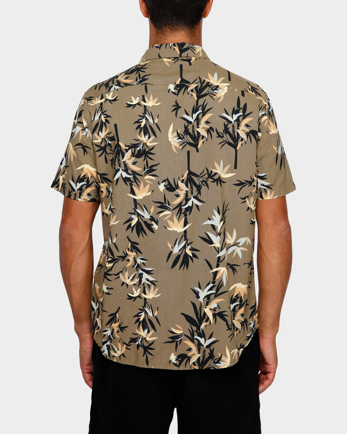 3 Bamboozled Short Sleeve Shirt Green R391190 RVCA
