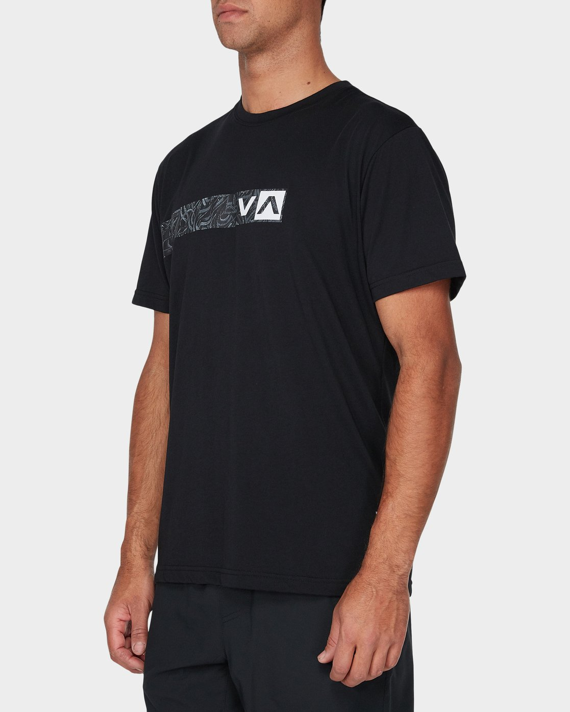 1 Defer Bar Short Sleeve T-Shirt Black R393056 RVCA