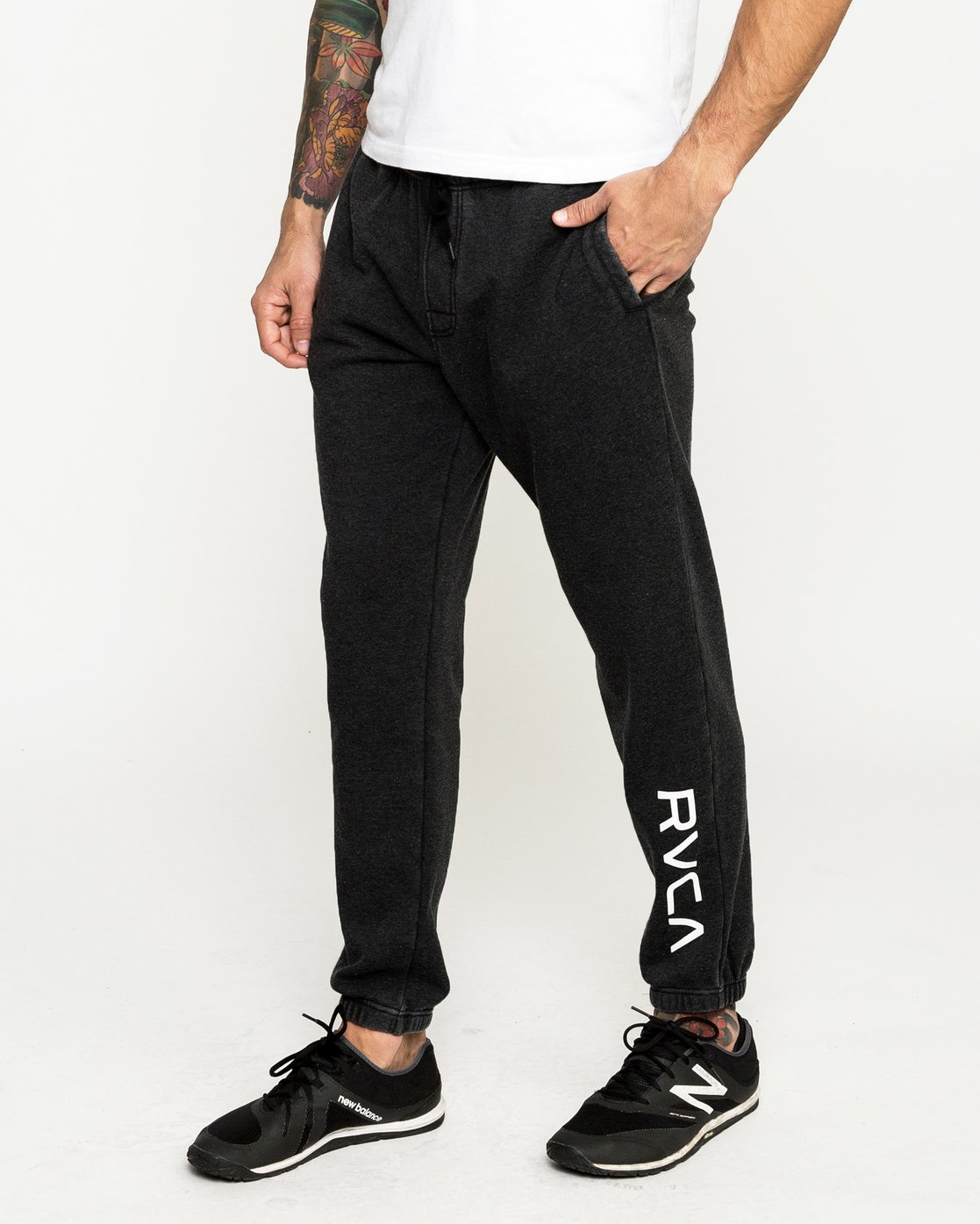 0 Cage Sweatpantshort Sleeve Pants Black R393276 RVCA