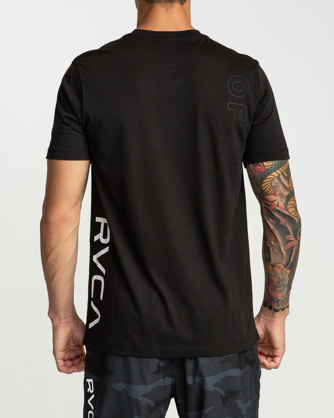 2 Pin Down Short Sleeve Black R394041 RVCA