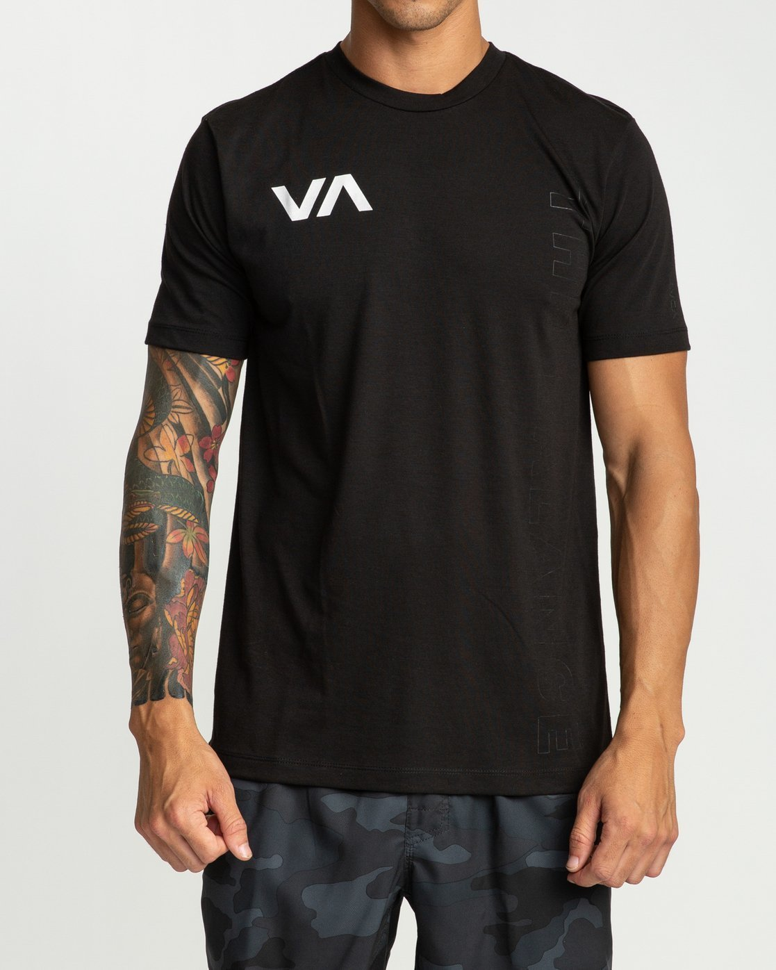 0 Pin Down Short Sleeve Black R394041 RVCA