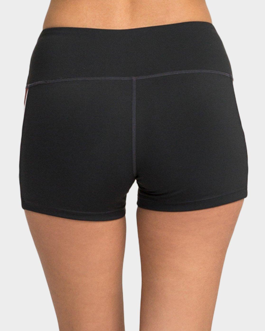 2 VA Shorts  R481315 RVCA