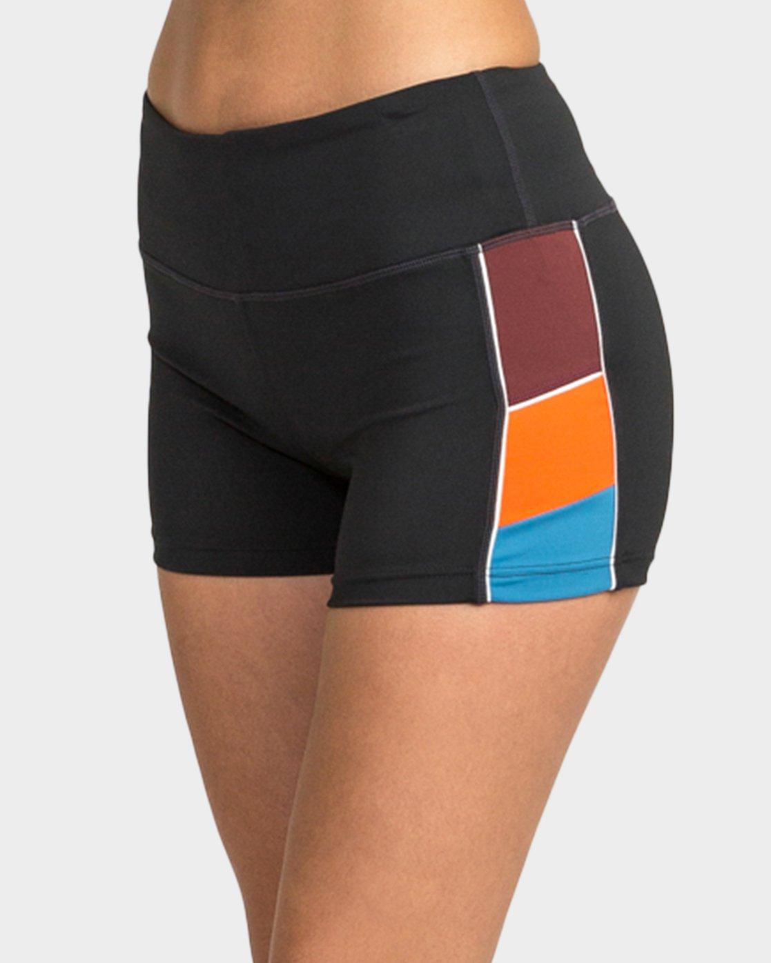 1 VA Shorts  R481315 RVCA
