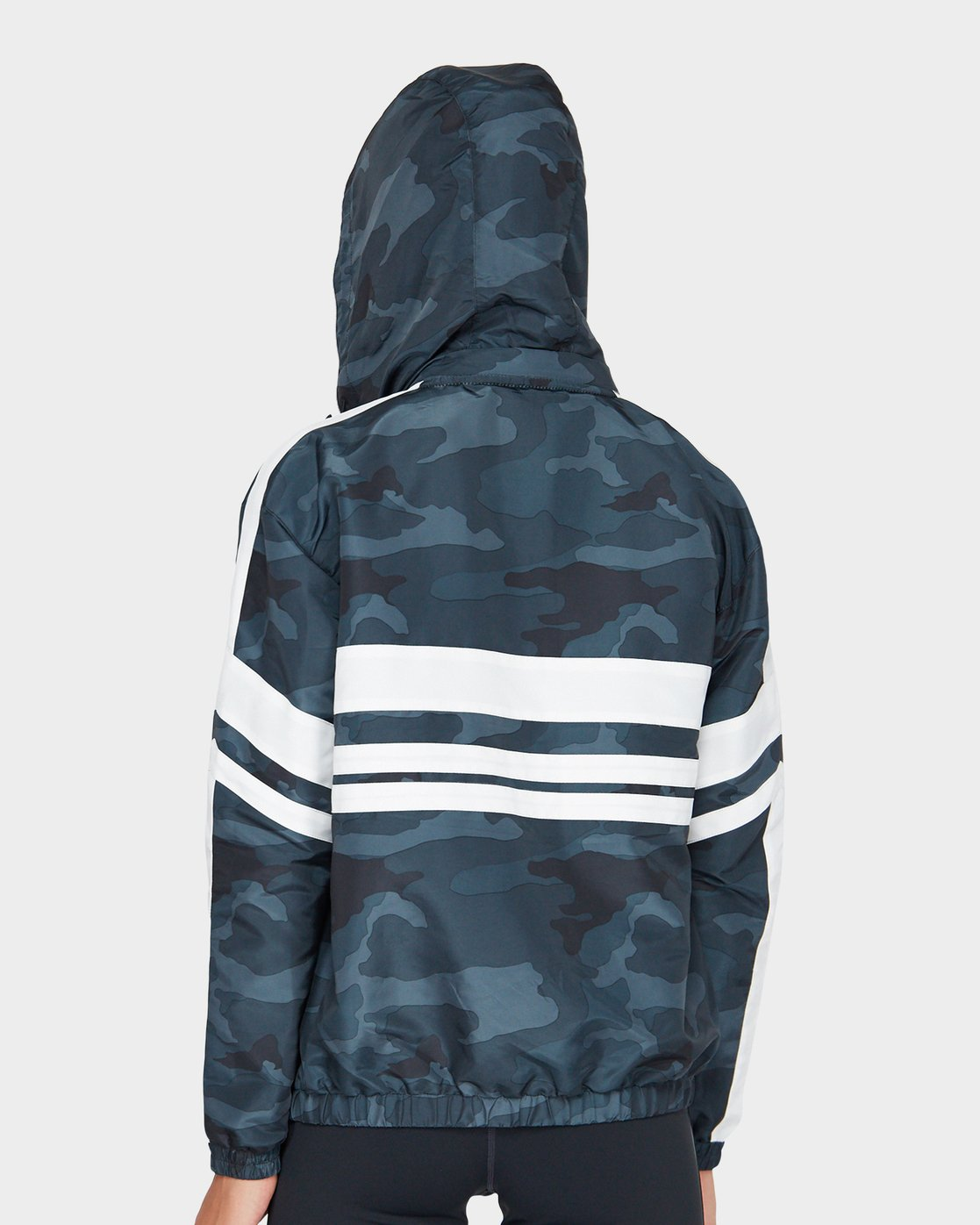 2 Va Team Jacket Camo R481431 RVCA