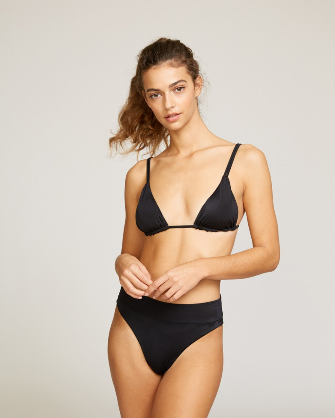 0 Solid Tri Bikini Top Black R491802 RVCA