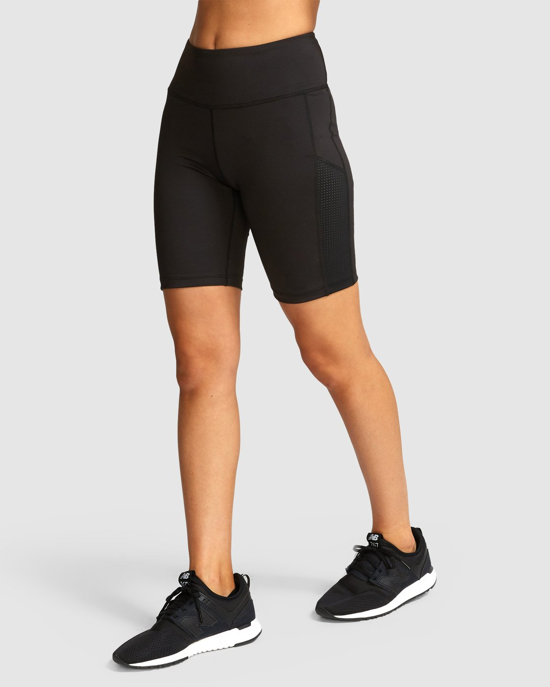 1 VA Di Shorts Black R491873 RVCA