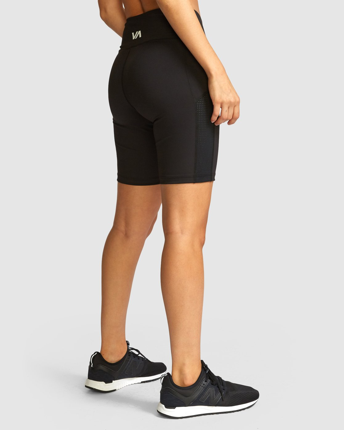4 VA Di Shorts Black R491873 RVCA