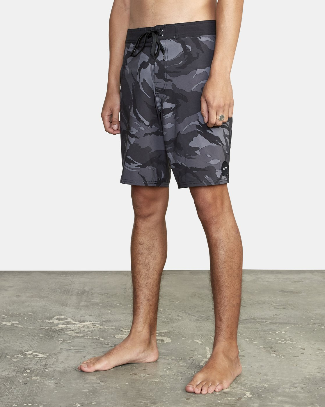 1 VA Trunk Print - Board Shorts for Men Black S1BSRJRVP0 RVCA