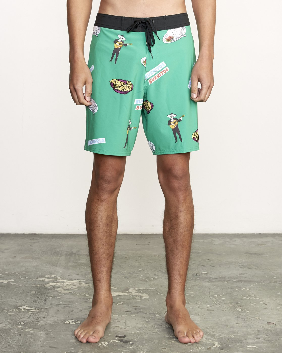 "1 Hot Fudge Trunk 18"" - Printed Board Shorts for Men Green S1BSRMRVP0 RVCA"