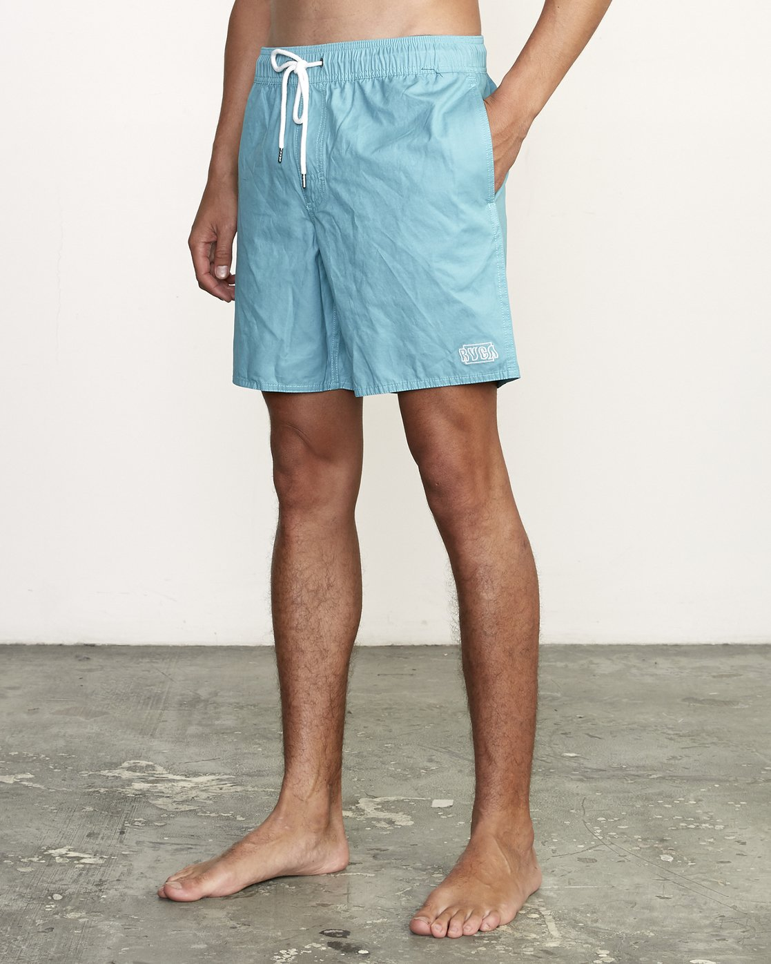 "2 Opposites 17"" - Elastic Waist Shorts for Elastic Waist Shorts  S1VORBRVP0 RVCA"