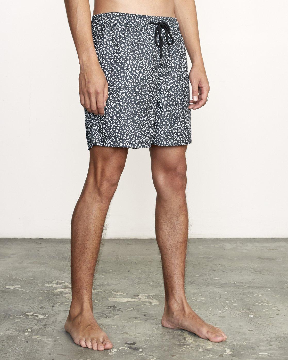 "6 Club 17"" - Elastic Waist Shorts for Elastic Waist Shorts Black S1VORDRVP0 RVCA"