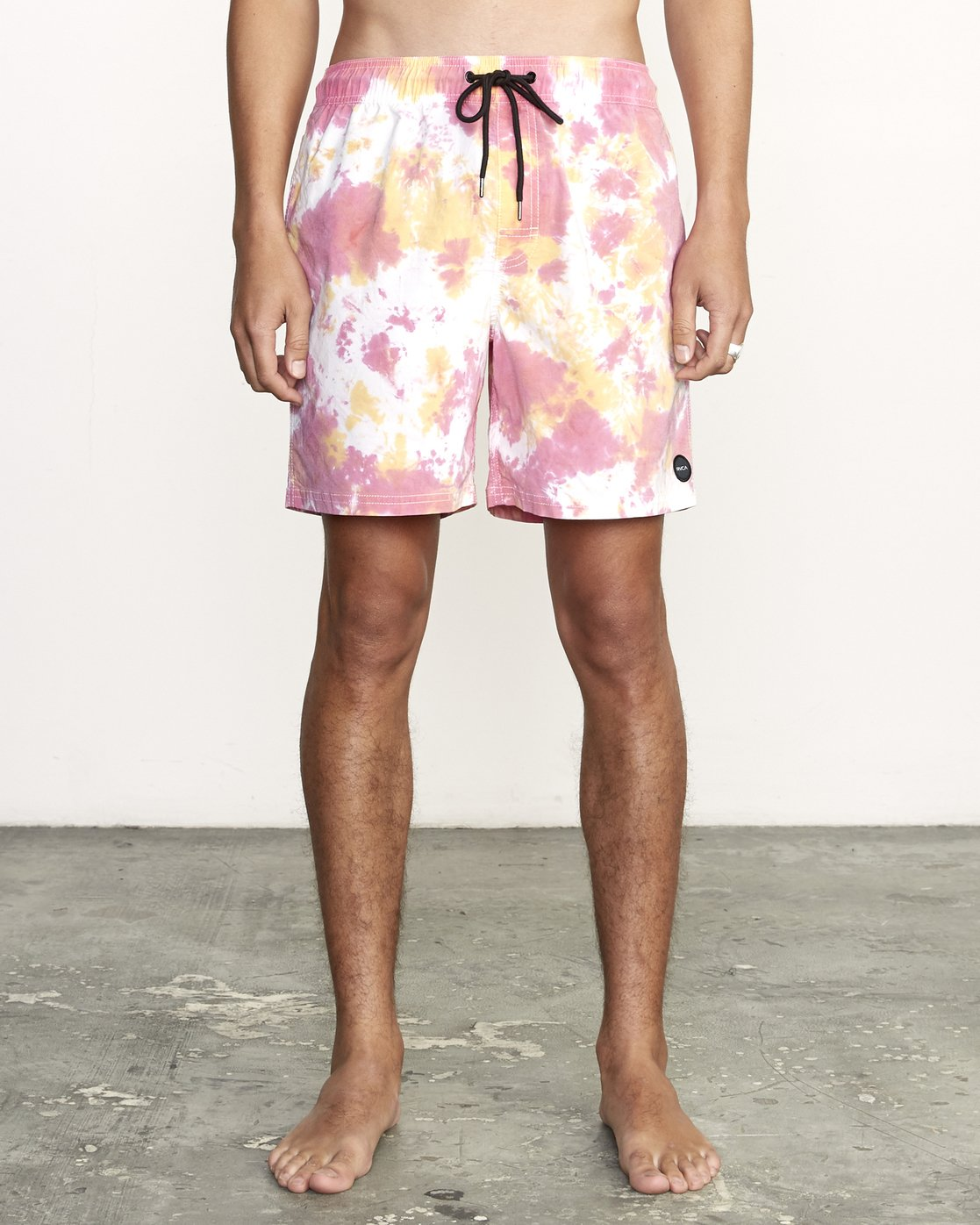 0 Manic Elastic  - Tie-Dye Elastic Waist Short for Men  S1VORERVP0 RVCA
