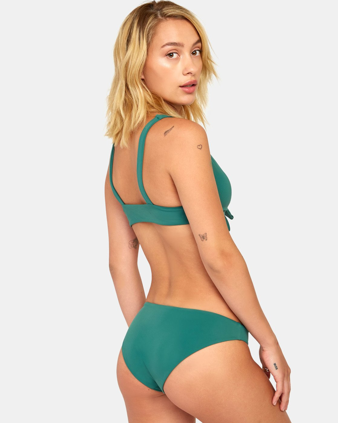 2 Solid Tie Front - Bikini Top for Women Green S3STRMRVP0 RVCA