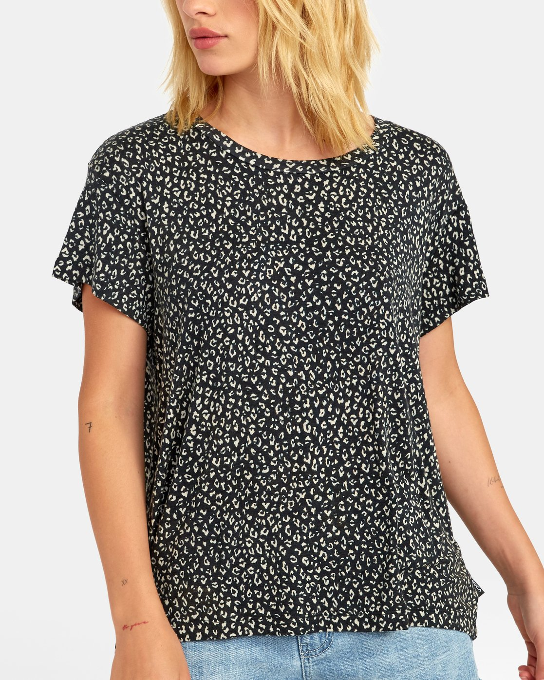 4 Suspension - All-Over Print T-Shirt for Women  S3TPRPRVP0 RVCA