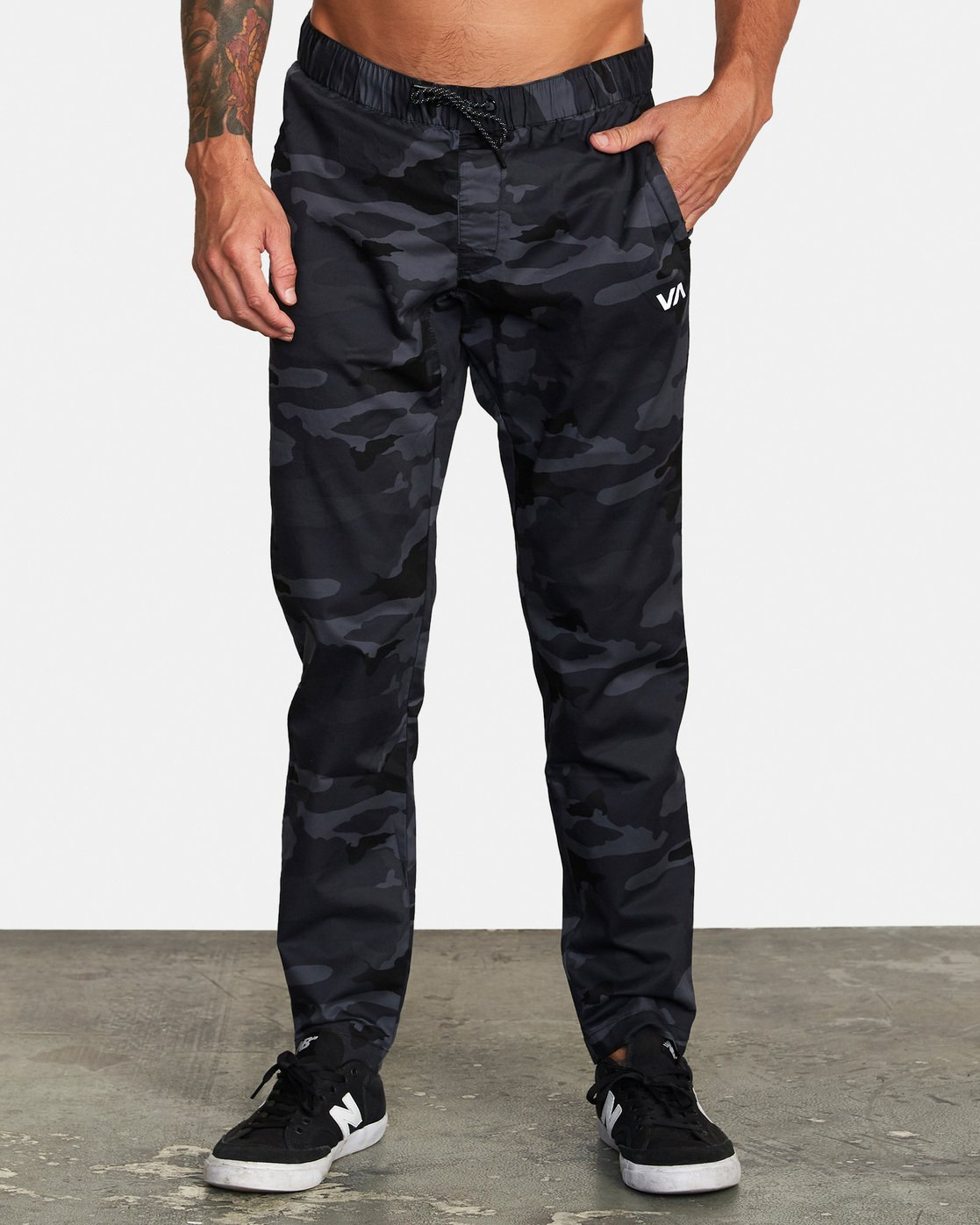 0 Spectrum III - Elasticated Trousers for Men Camo S4PTMDRVP0 RVCA