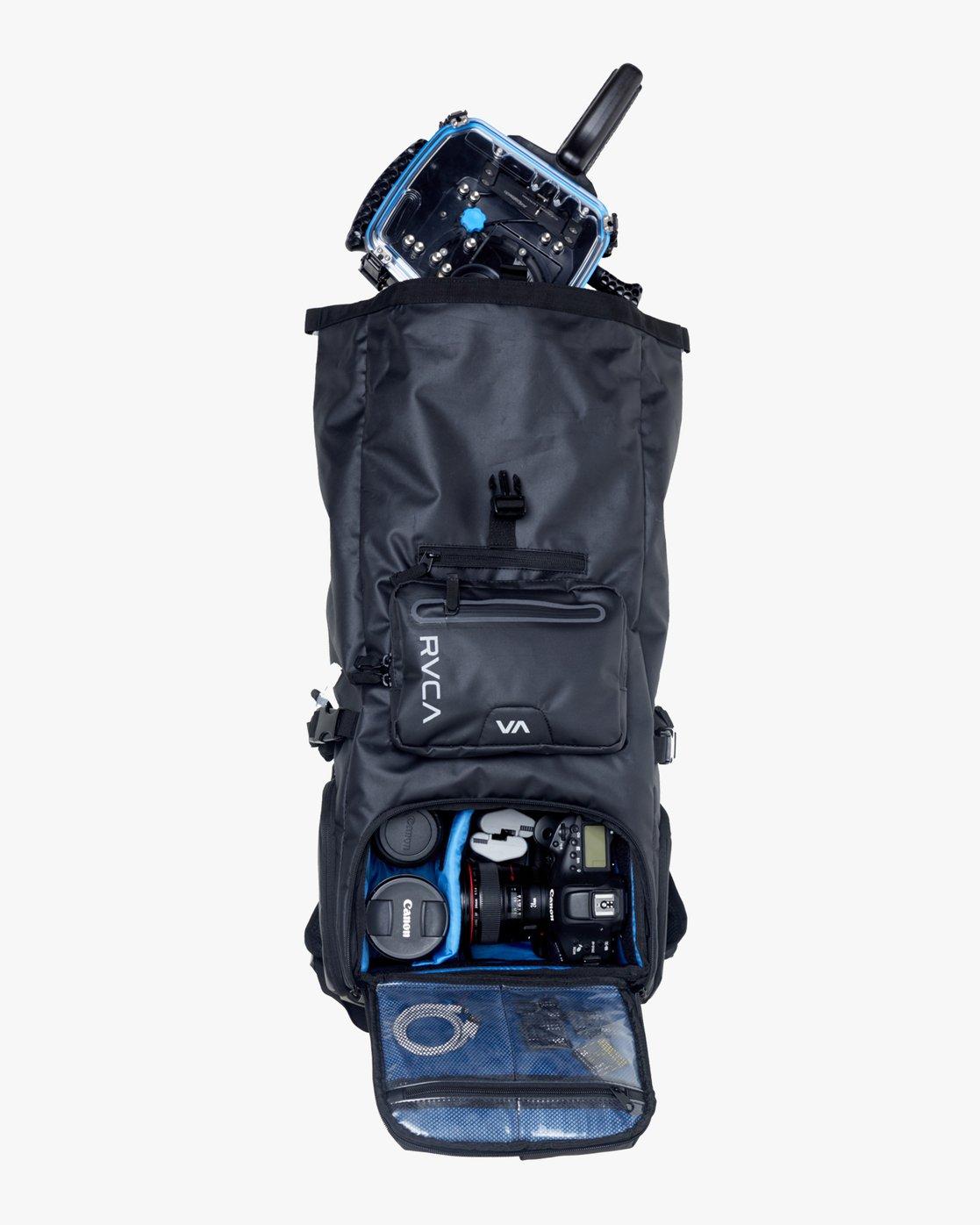 5 Zak N. - Roll Top Camera Backpack for Men Black S5BPRARVP0 RVCA