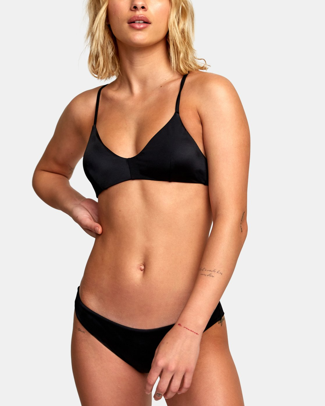 4 Solid Cross Back Bikini Top Black SJXT01SC RVCA