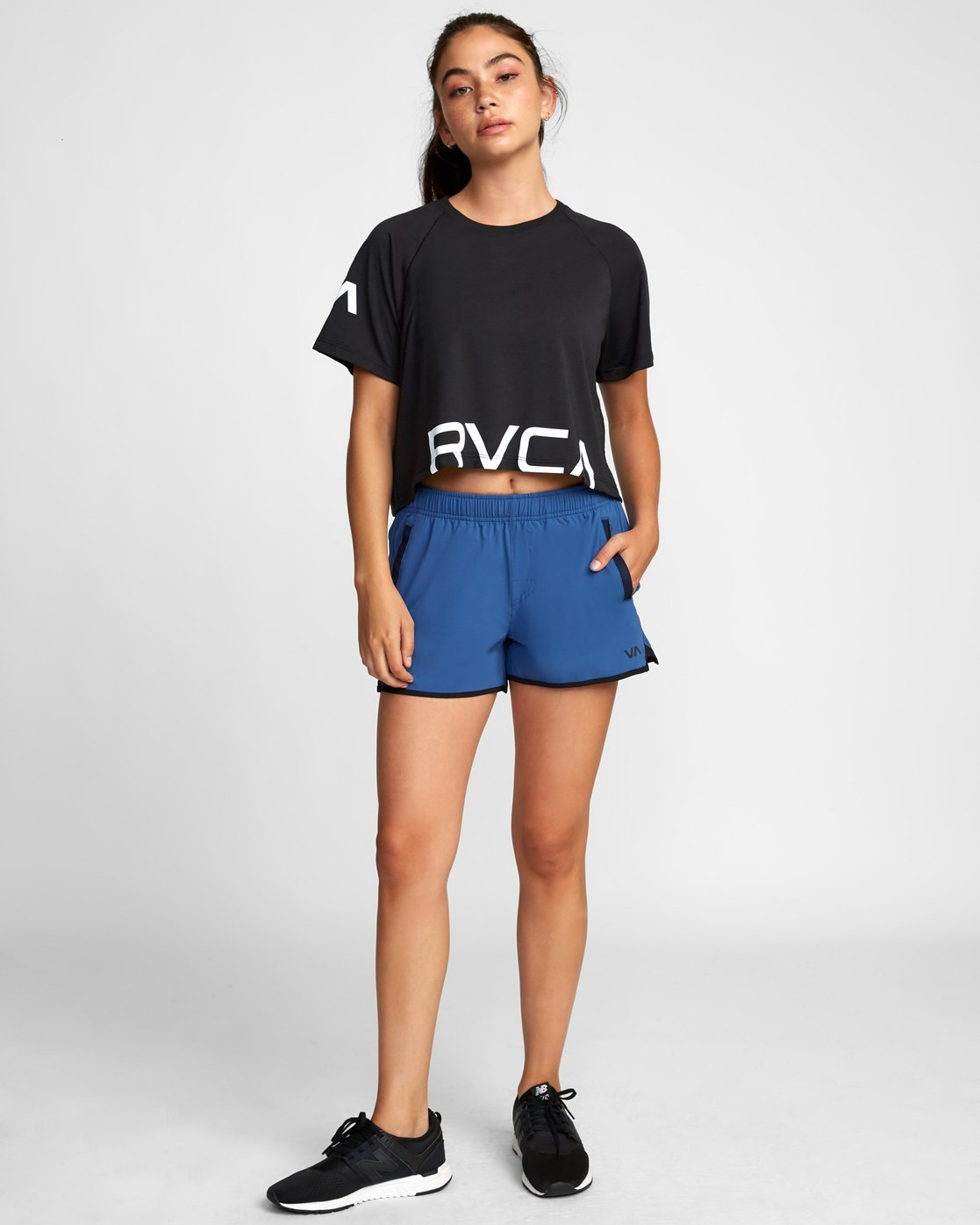 1 Womens Yogger Stretch Short Blue T202TRYS RVCA