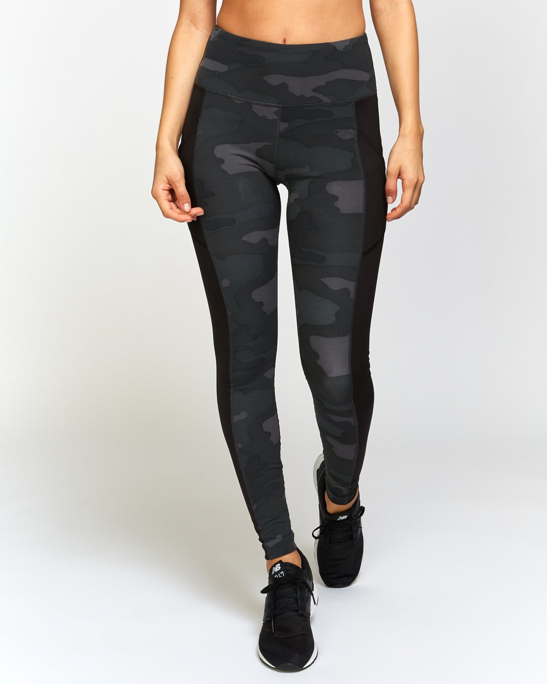 1 Atomic High Rise Legging Camo T302VRAT RVCA