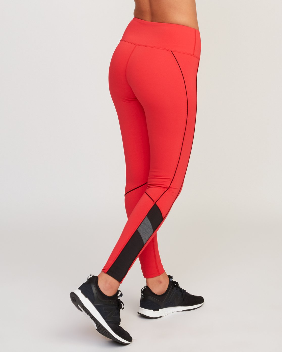5 VA Legging Red T372QRLV RVCA