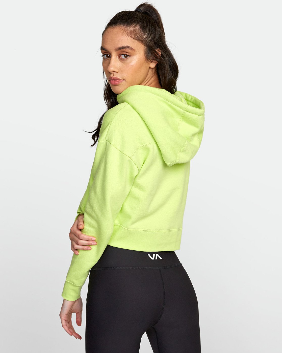 4 SPORT HOODIE Yellow T6031RCH RVCA